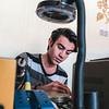 Muhammad working at his shop<br /> Photo by : Alan Ayoubi/NRC