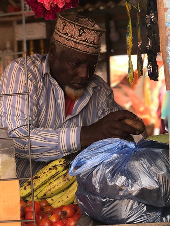 Historically, there is an entrepreneurial spirit in Somali culture and for many displaced people like Aden who have to find ways adapt to a new lifestyle see business as the answer. Photo: Abdirisak Ahmed/NRC