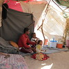 Displaced families fleeing violence in Hodeidah governorate