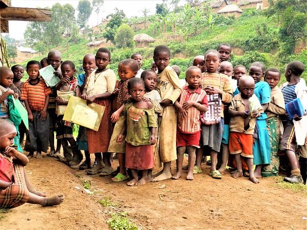 Displaced children at Luhusha primary school /Masisi