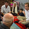 Norway's Foreign Minister Børge Brende (right) visiting Baharka displacement camp outside Erbil, Northern Iraq. At the photo he meets Saed, Ahlam and their son Mohammed (4) who have been fleeing from Qaraqosh. Photo: Tiril Skarstein, Flyktninghjelpen/NRC
