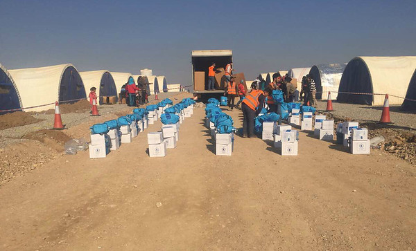 RRM distribution at Khazer camp, December 2016
