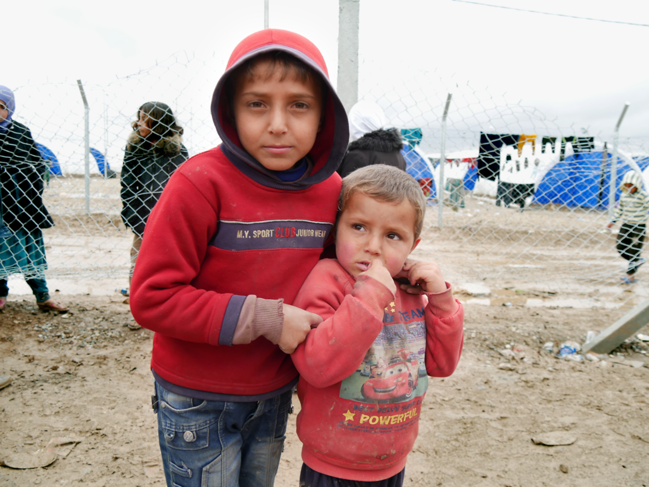 Brothers Razwan(2) and Salah(5), originally from Mosul, have been forced to leave everything behind. They now live in a displaced camp in Hamam al-Alil where NRC provides food, water and temporary accommodation. Date:16 March 2017 Photo: Alan Ayubi