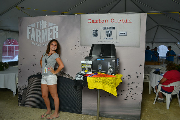 Easton Corbin - Meet & Greet