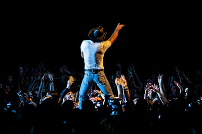 Emotional Traffic Tour: Tim McGraw w/ Luke Bryan & The Band Perry