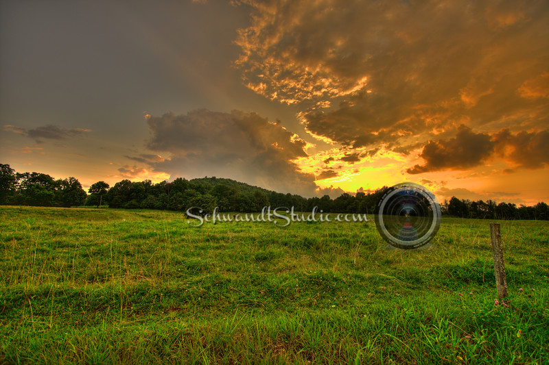 Sunset over the meadow, Allons Tennessee