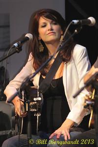 Damhnait Doyle - The Heartbroken - Songwriters Cafe