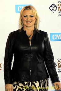Carolyn Dawn Johnson - Green Carpet - CCMA13 Day4 4554