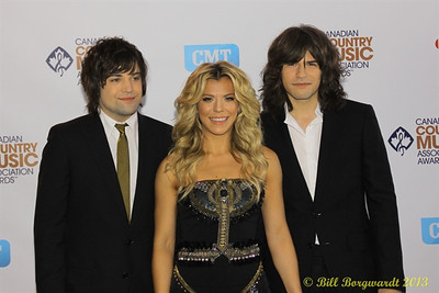 The Band Perry - Green Carpet - CCMA13 Day4 4677
