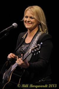 Carolyn Dawn Johnsonl - Great Guitar Pull