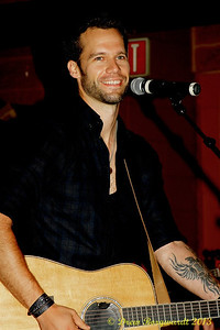 Chad Brownlee - MDM Party