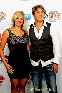 Jason Blaine & wife - Green Carpet - CCMA D4 5971