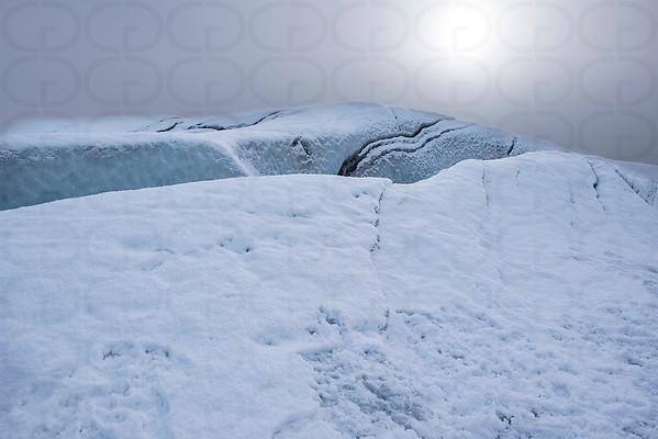 Sun over Svinafellsjokull Glacier
