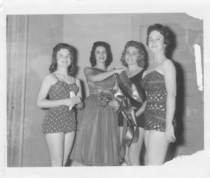 """1960 Miss Berrien County Beauty Pageant. Mary Carrell Smith Crowns Patsy Giddens """"Miss Berrien County"""" L-R Peggy Alexander,M.C.Smith,Patsy Giddens, Faith Scarbrough."""
