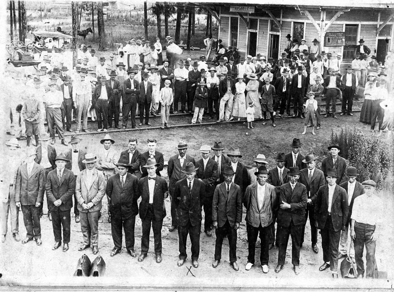 WWI inductees at Nashville Train Depot, circa 1917