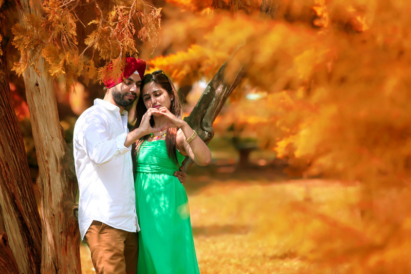 Candid Pre-wedding photoshoot in Bangalore