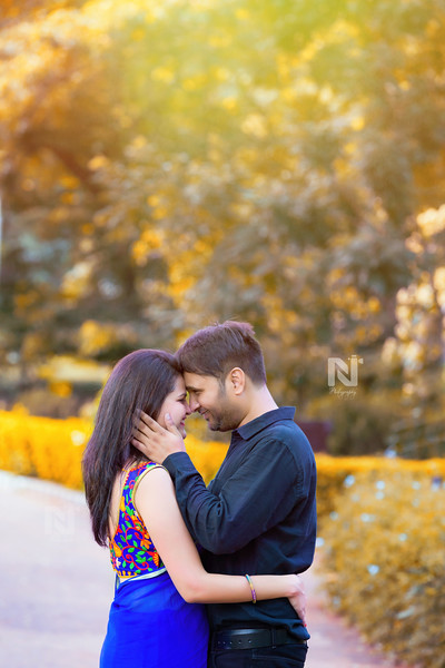 Candid pre wedding photoshoot in bangalore