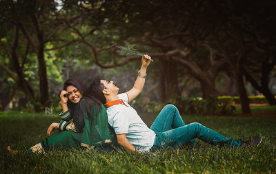 Candid moment of a couple during their pre-wedding photoshoot