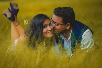 Creative couple portraits for those who are in love