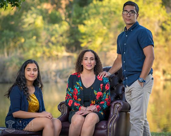 Badhesha_Family-R-01