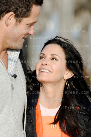 Courteney Cox, Josh Hopkins during the set of Cougar Town in Venice California.