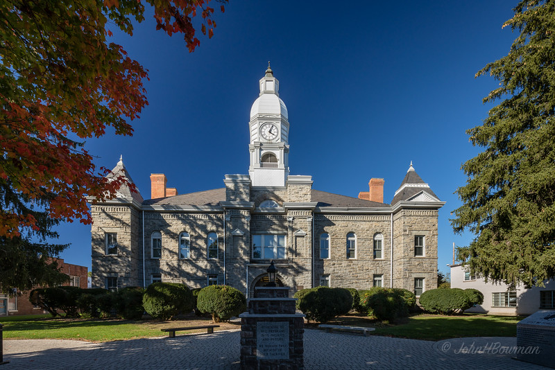 Courthouse - Pulaski County, VA