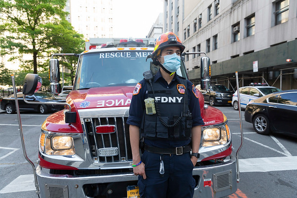 NEW YORK - June 4, 2020: for NEWS. An FDNY EMS Rescue Medic in riot gear as peaceful Black Lives Matter protesters march against the NYPD and Police Brutality across the Brooklyn Bridge from Brooklyn to Foley Square following a vigil attended by Terrence Floyd amid violent riots and looting spurred by the police involved killing of George Floyd.  nypostinhouse (Photo by: Taidgh Barron/NY Post)