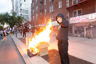 NEW YORK - May 30, 2020: for NEWS. Fires lit by rioters on East 14th Street near Union Square as riots against the NYPD in Manhattan after protests against the police involved death of George Floyd in Minneapolis turned violent amid the COVID-19 coronavirus pandemic.  nypostinhouse (Photo by: Taidgh Barron/NY Post)