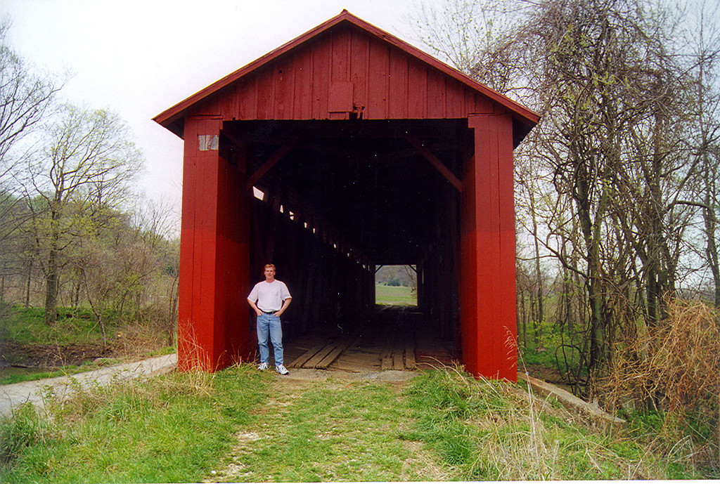Old Red Covered Bridge, Gibson County, Indiana.  Photographed in April 1999.