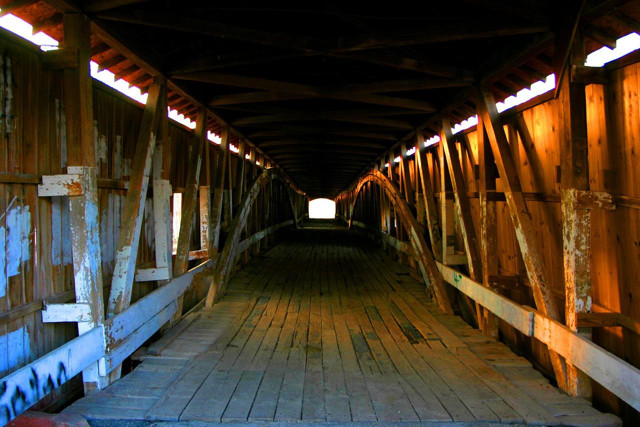 West Union Bridge interior.  Photo from March 2005.