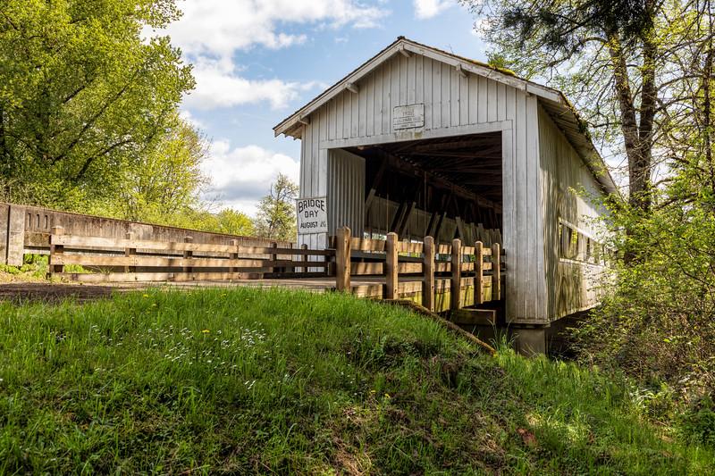 OR Crawfordsville Covered Bridge