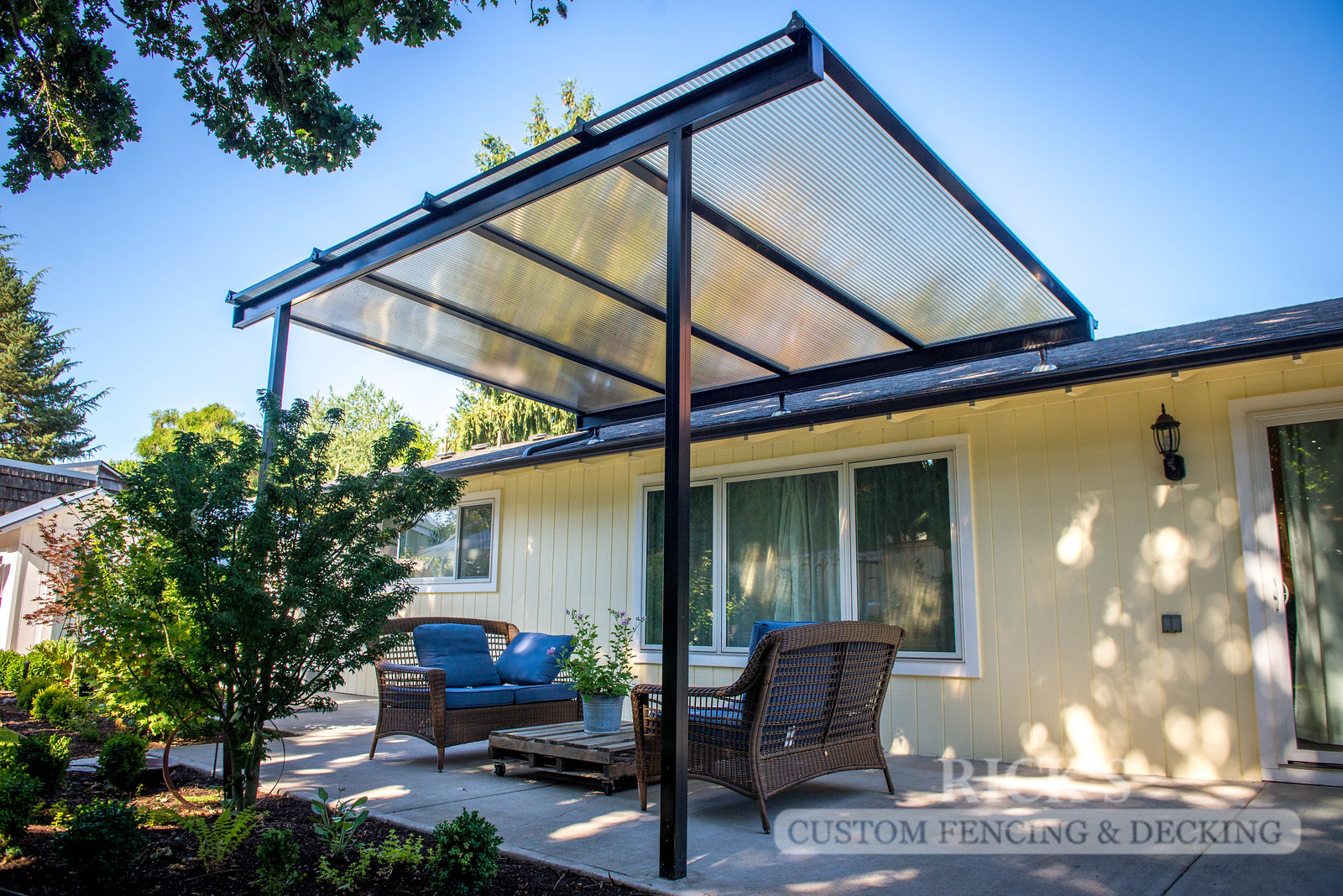 5005 - Acrylite Patio Cover