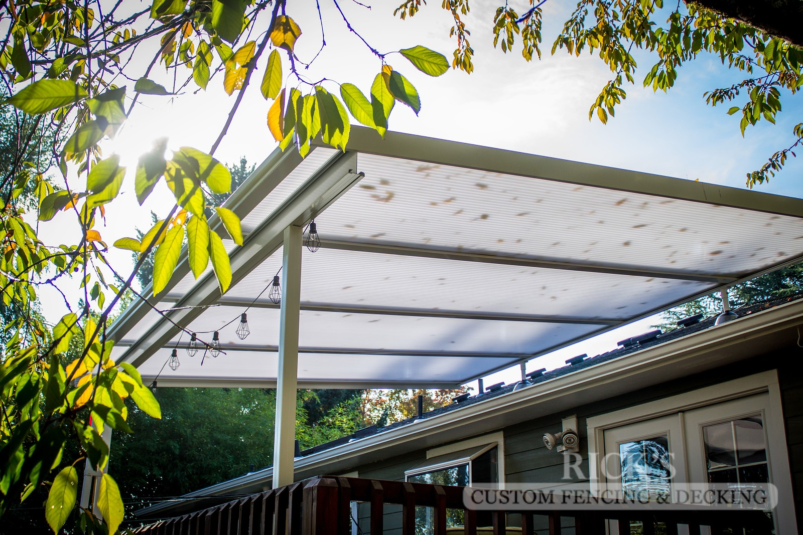 5060 - Acrylite Patio Cover