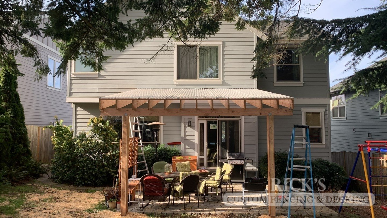 5162 - Wood-Framed Patio Cover with Acrylic Paneling