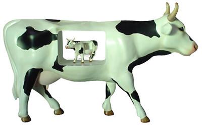 55 Vaca vaquita-Artista Omar Centeno Olguín-Sponsor Grupo Lala
