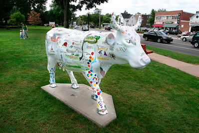 West Hartford - A Cow in Celebration - A - WH036