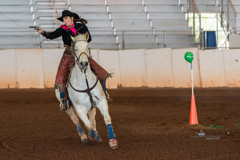 Lily Rodgers, Border Wars, Queen Creek AZ (21 January 2017)