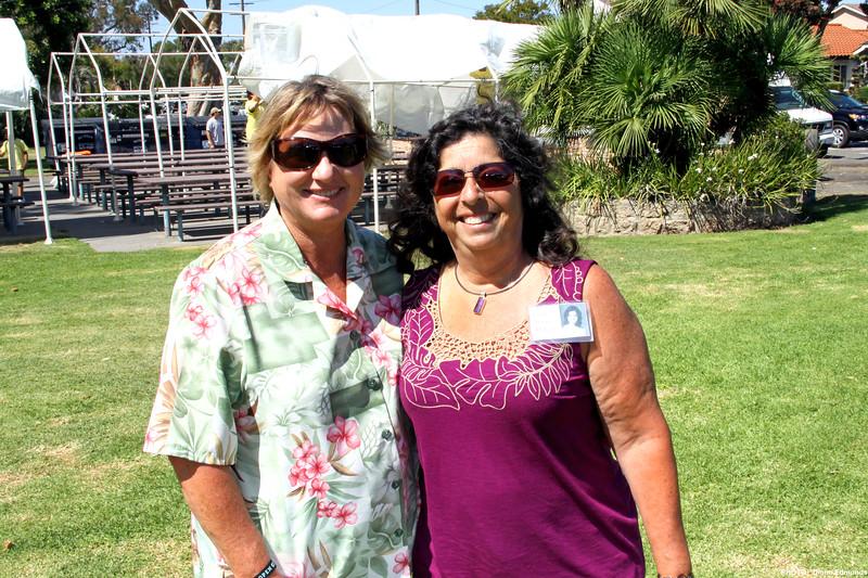 HBHS 'All Years' Reunion Picnic - Lake Park<br /> Diane Wichner Edmonds, Lynn Alvarez McCall