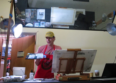 talking about his plein air kit.. palette
