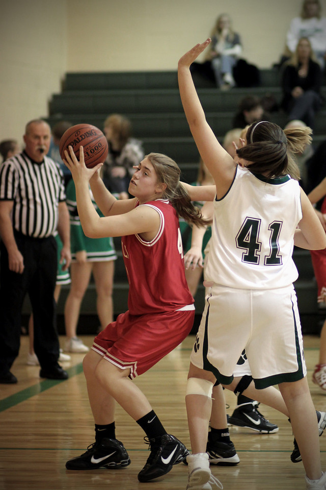 0201 - Madison attempting to take a shot against Mulvane.