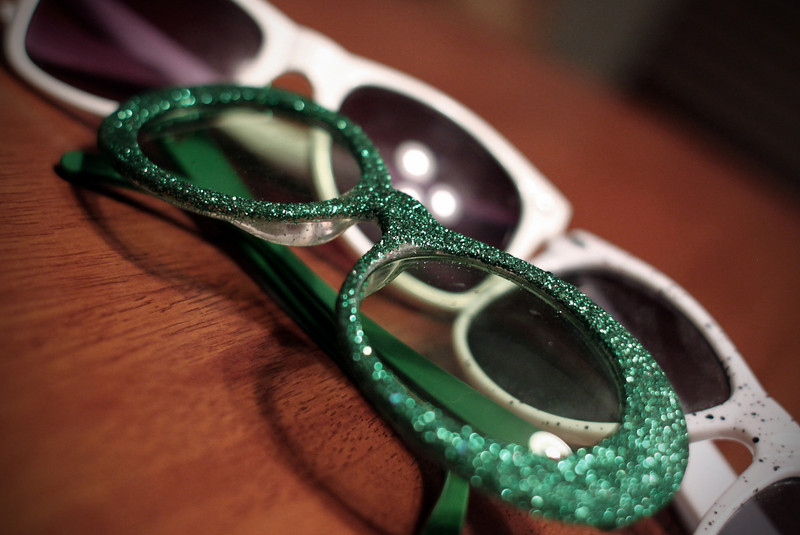 0317 Green sparkly glasses for St Paddy's Day!