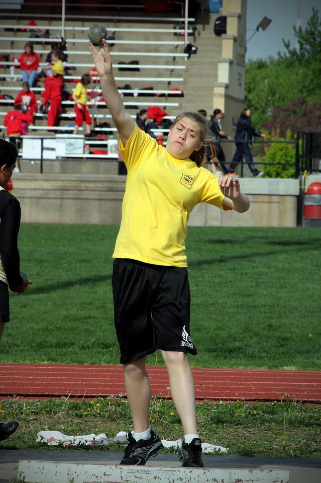 0423 Madison throwing the shot put!