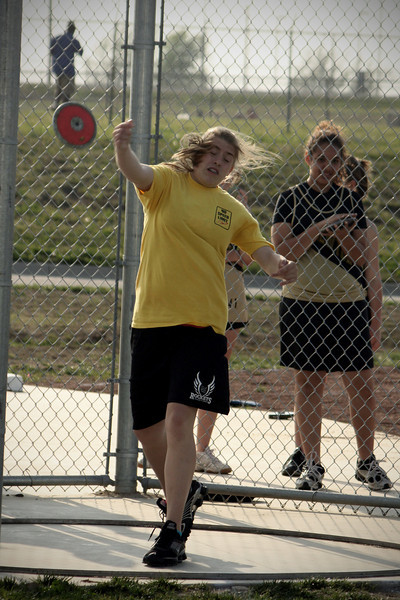 0412 Maidson throwing her personal best!   71 feet... and it won her 1st place!