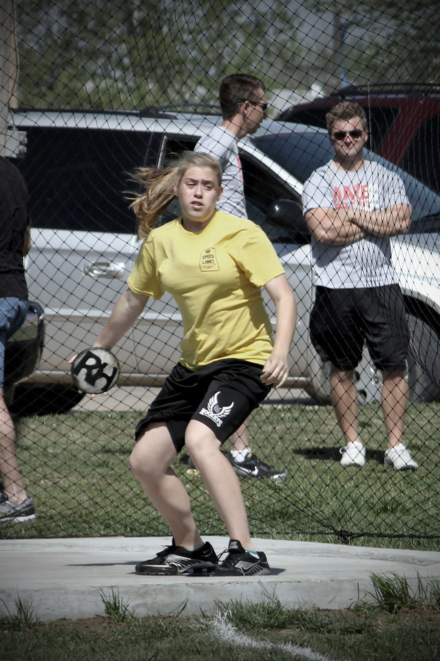 0429 Discus thrower!