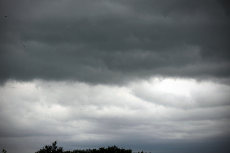 0715 Here comes the rain.