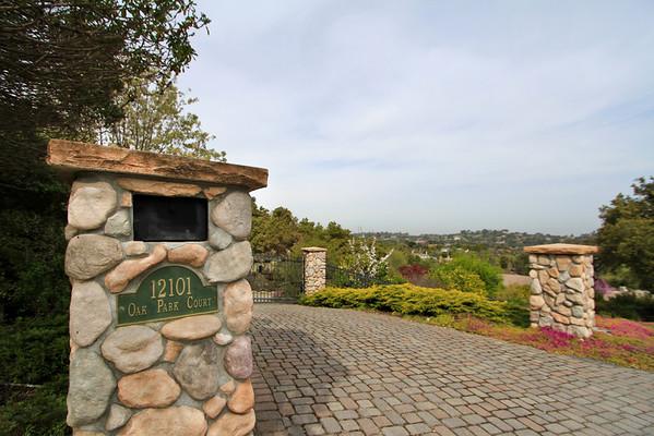 12101 Oak Park Ct, Los Altos Hills