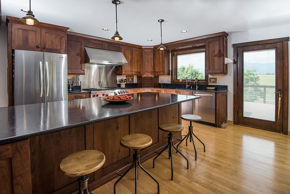 Kitchen_8100671