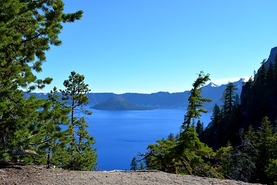 Crater Lake  & Wizard Island from East Shore Drive