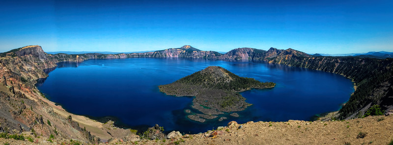 Crater Lake landscape near Wizard Island