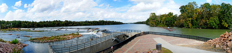 Panoramic view of Riverfront Park's Diversion Dam<br /> <br /> © Sparkle Clark